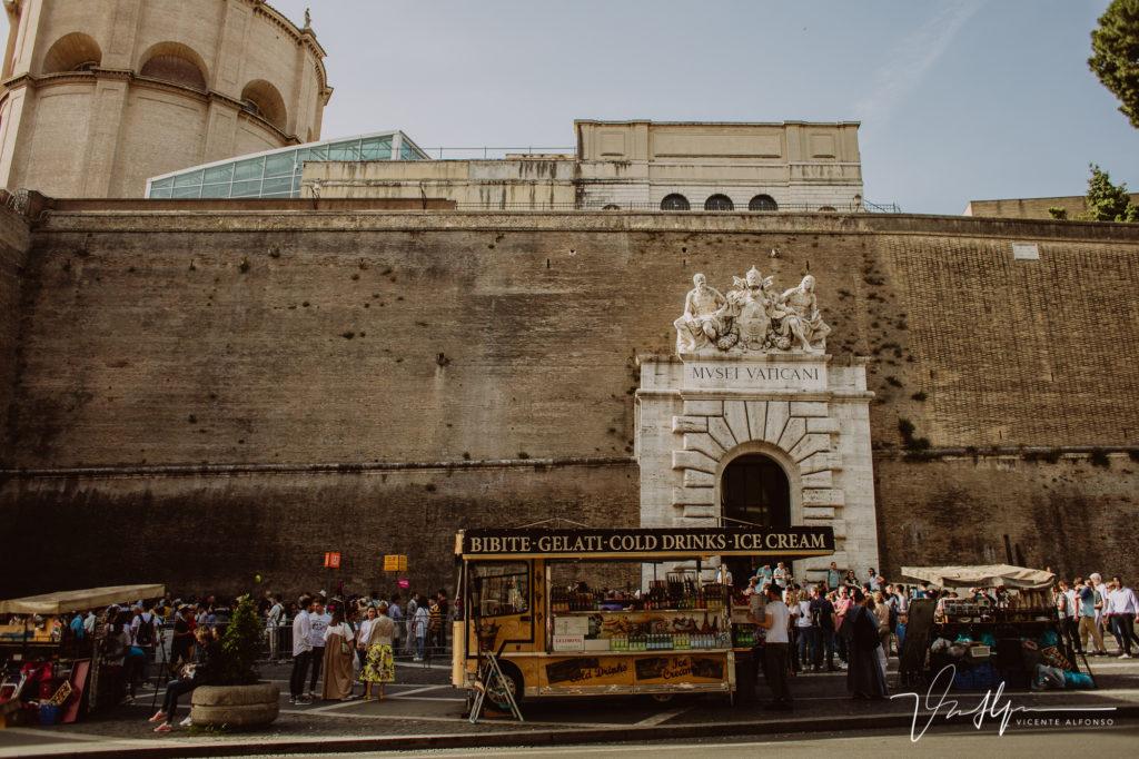 Entrada Vaticano. Paseo fotográfico por la ciudad de Roma