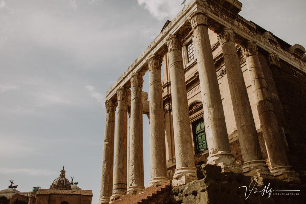 Columnas impresionantes en el Foro Romano.