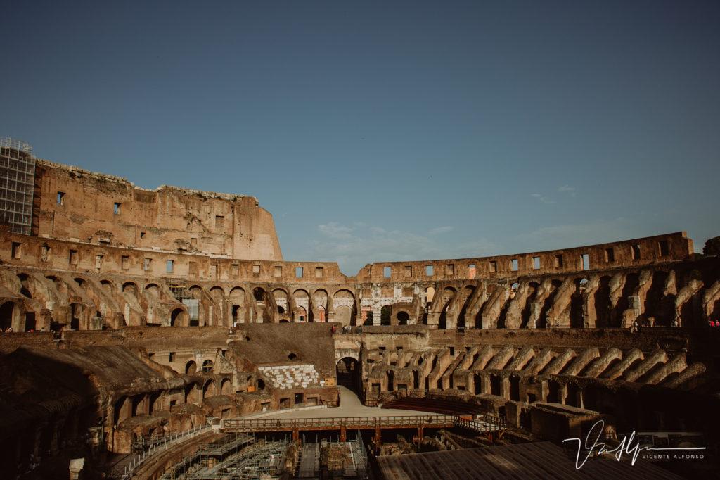 Interiores del Coliseo Romano.
