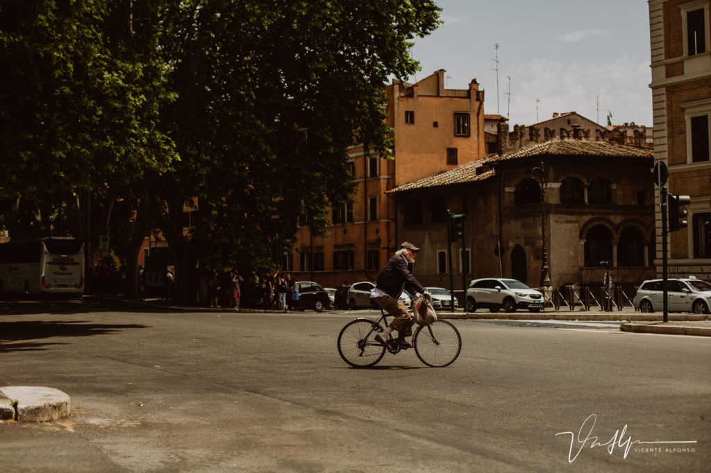Gentes de Roma. Paseo fotográfico por la ciudad de Roma